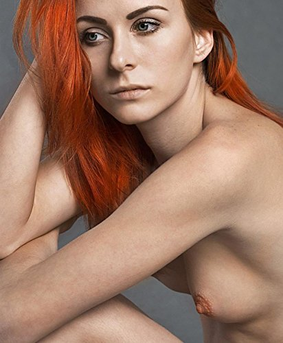 """Wall Art Impressions Laminated 29""""x24"""" Vibrant Durable Photo Poster - Nude Model Portrait"""
