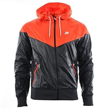 3c86b7ec77ef Nike Windrunner Jacket 340869-29 Men Windbreaker Black - -  Amazon ...