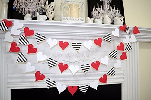 Amazoncom Paper Heart garland Red white black stripe heart