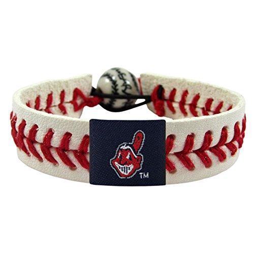 (Cleveland Indians Classic Baseball Bracelet )