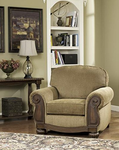 Ashley Furniture Signature Design   Lynnwood Arm Chair   Classic Style  Accent Chair   Amber And