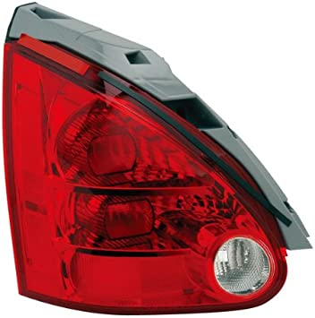 Genuine Nissan Parts 26520-7Y025 Passenger Side Taillight Assembly