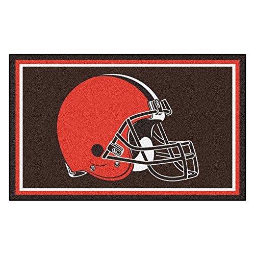 FANMATS NFL Cleveland Browns Nylon Face 4X6 Plush Rug