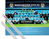 Poster + Hanger: Football Mini Poster (20x16 inches) Manchester City FC, Team Photo 2012/13 And 1 Set Of Transparent 1art1 Poster Hangers