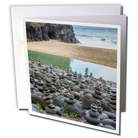 (3dRose Danita Delimont - Beaches - Hawaii, Kalalau Trail, Kauai, Napali, Pacific Ocean, rock cairns - 12 Greeting Cards with envelopes (gc_278938_2))