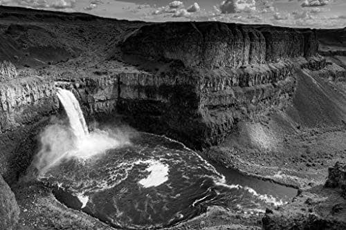 Amazon.com: Palouse Falls with Clouds - Black and White