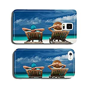 Couple in green on a beach at Maldives cell phone cover case Samsung S6