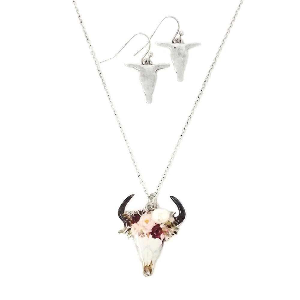 Floral Steerhead Pendant Necklace and Earrings with Pearl Charm Western (Silver Burnish)