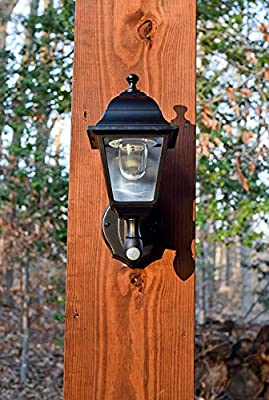 Maxsa Innovations 48219 Battery-Powered Motion-Activated Wall Sconce