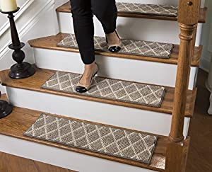 Jardin traditional wool inspired carpet stair for Jardin stair treads