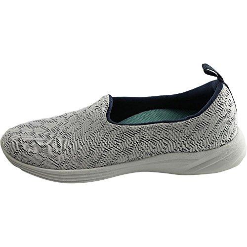 Slip Hydra Féminin Vionique Sur Chaussure Blanc