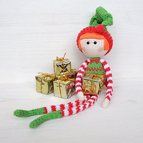 Free Pattern: Small Christmas Elf | 500x500