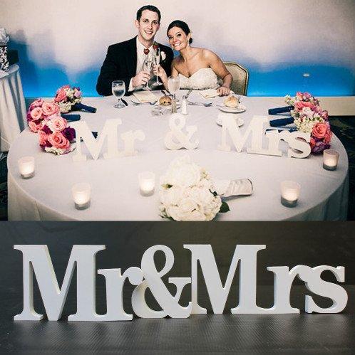CXLKST 1 Set Solid Mr & Mrs Wooden Letters for Wedding Decoration Sign Top Table Present Decoration ()