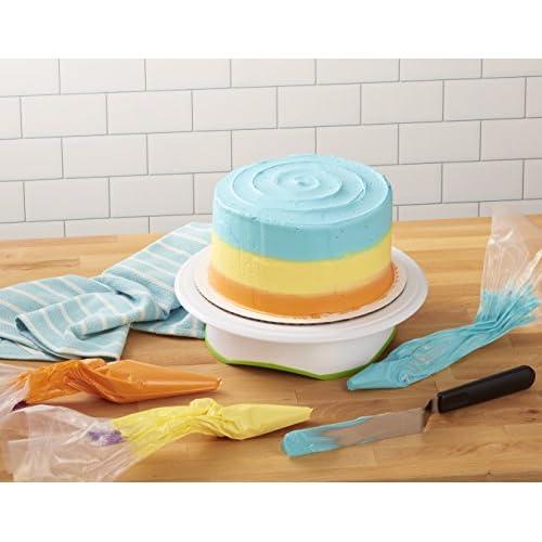 Wilton Creative Cake Decorating Value Set