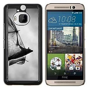 Dragon Case - FOR HTC One M9+ / M9 PLUS - bat scary Halloween black white Dracula - Caja protectora de pl??stico duro de la cubierta Dise?¡Ào Slim Fit