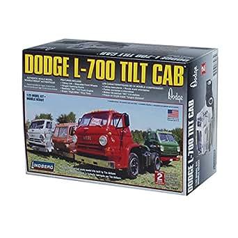 Amazon.com: Lindberg 1:25 scale 1969 Dodge L-700 Tilt Cab: Toys