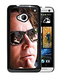 Beautiful Designed Cover Case With Grant lee Phillips Glasses Face Look Sunlight For HTC ONE M7 Phone Case