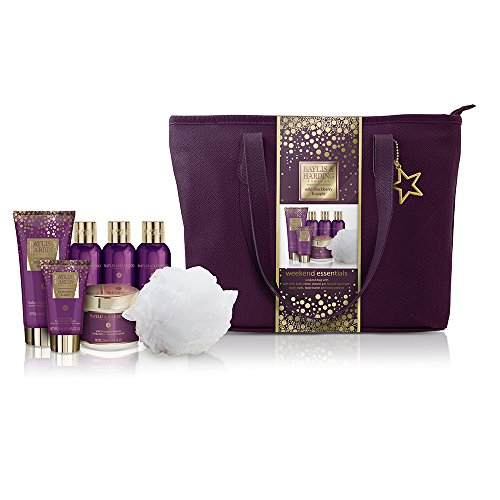 - Baylis & Harding Wild Blackberry & Apple Relax and Retreat Weekend Bag Gift Set