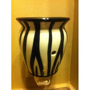 Amazon Com Scentsy Zebra Plug In Size Warmer For Melting