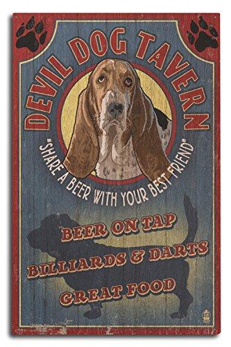 Devil Dog Bar - Lantern Press Devil Dog Tavern Vintage Sign - Basset Hound (10x15 Wood Wall Sign, Wall Decor Ready to Hang)