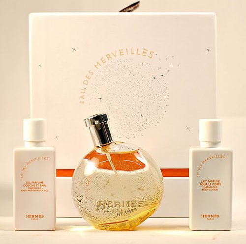 40 Ml Edt (Hermes EAU DES Merveilles Gift Set for Women: EDT Spray 50ml(1.6 Oz) + Body Lotion 40ml(1.35 Oz) + Bath and Shower GEL 40ml(1.35 Oz))