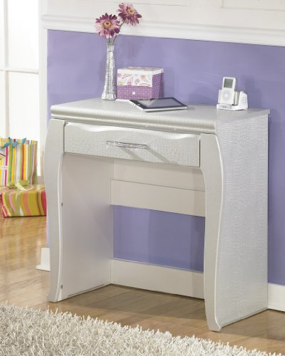 Julia Silver and Pearl Girl's Desk by FurnitureMaxx