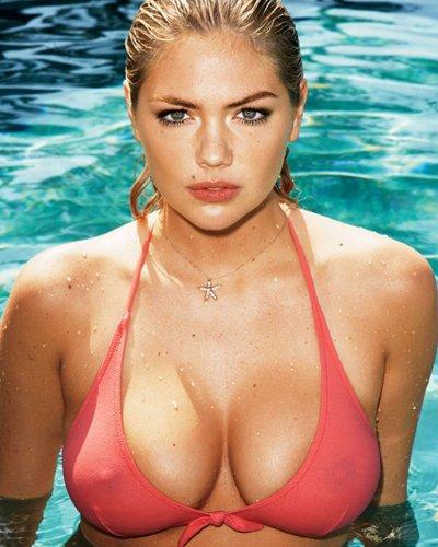 Big bikini top cleavage