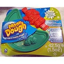 Moon Dough Magical Molding Dough, Green Presents with Bonus Red Santa Claus Mold
