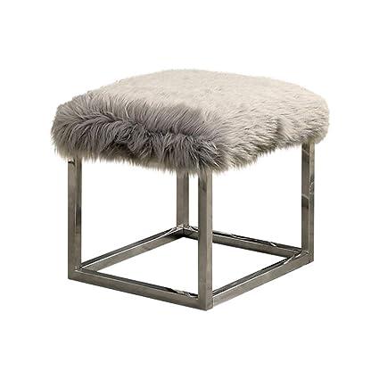 Excellent Amazon Com Benzara Bm172760 Contemporary Metal Bench Small Unemploymentrelief Wooden Chair Designs For Living Room Unemploymentrelieforg