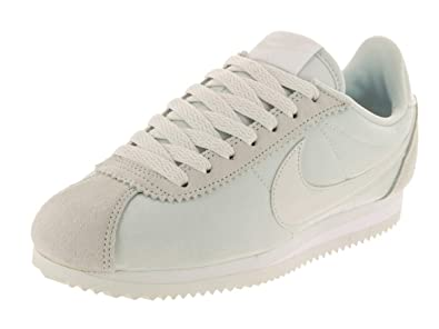pretty nice 76273 e60a4 Amazon.com | Nike Women's Classic Cortez Nylon Casual Shoe ...