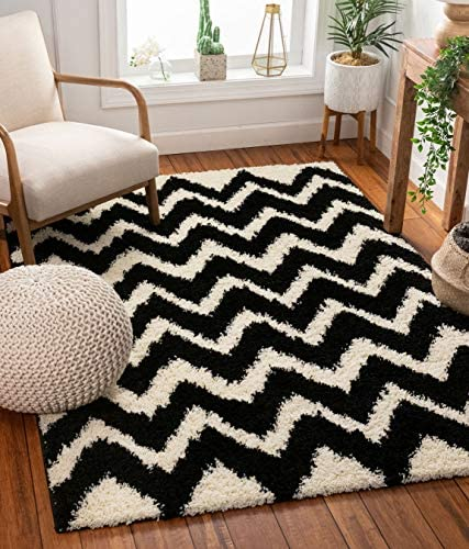 Well Woven Madison Shag Passion Chevron Black Modern Area Rug 6'7'' X 9'10''