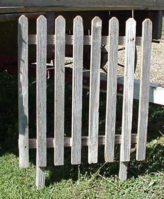 Decorated Picket Fence (Reclaimed Barnwood Plain Picket Fence, Approximately 24