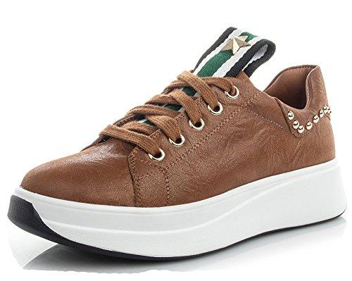 D2c Beauty Womens Leatherette Advantage Clean W Fashion Sneakers Bruin