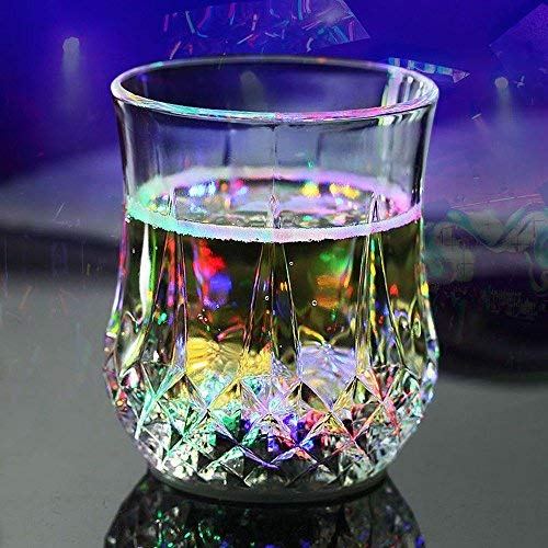 Denshine Flashing Cups, Plastic Cups Flash Light Up Cups LED Automatic Flashing Cup Liquid Activated Color Change Flashing Cup for Home/ Drink/ Bar/ Party/ Club (Pineapple Cup) (Club Pineapple The)