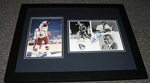 Signed Willis Reed Photograph - Framed 16x20 Set Display - Autographed NBA Photos - Nba Coin Set