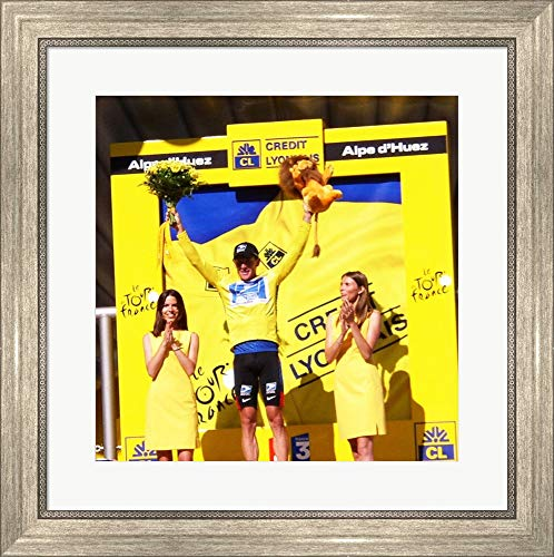 Lance Armstrong - Tour de France 2003 Framed Art Print Wall Picture, Silver Scoop Frame, 21 x 21 inches