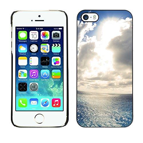 Hülle Case Schutzhülle Cover Premium Case // V00002560 Wandern // Apple iPhone 5 5S 5G
