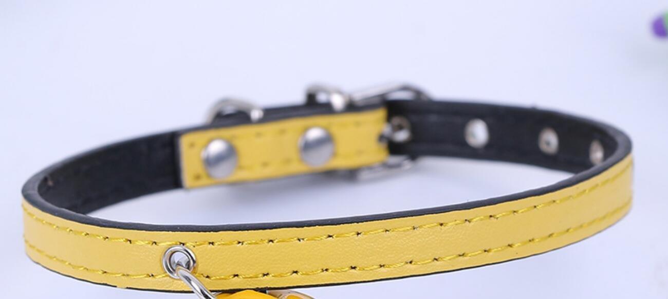 Maycong Sin arnés de jalar Color Simple Big Bell Collar de Mascota ...