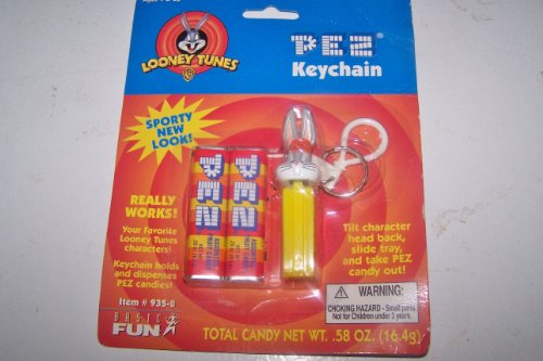 Pez Looney Tunes Sporty New Look Keychain Bugs Bunny