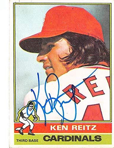Ken Reitz autographed baseball card 1976 Topps #158 (St Louis Cardinals 3B) - Baseball Slabbed Autographed Cards ()