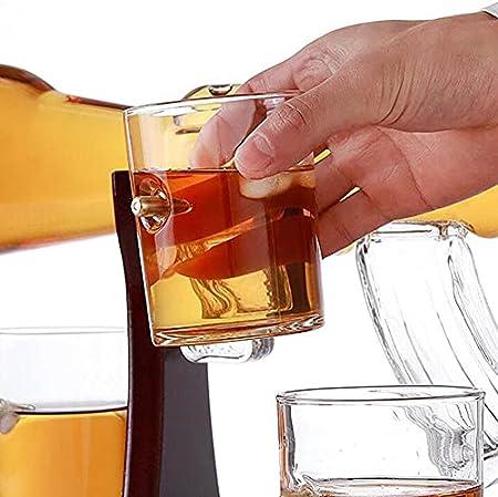 TTIK Juego de Decantador de Whisky con Piedra de Hielo, Juego de 4 Tazas de Cristal Decantador Tipo Pistola de Whisky en Soporte de Madera clásico