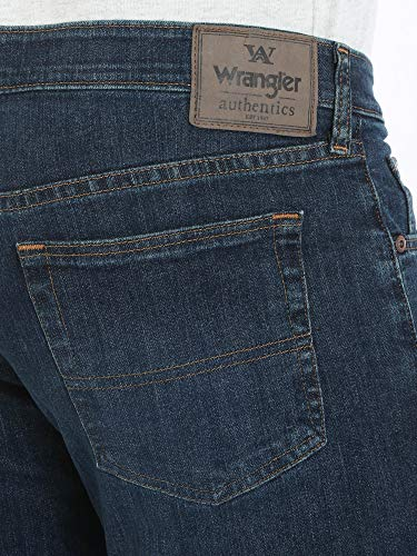 Wrangler Authentics Men's Relaxed Fit Comfort Flex Jean