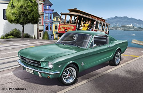 1965 Ford Mustang Convertible - Revell Germany 1965 Ford Mustang 2+2 Fastback Plastic Model Kit (1/25 Scale)