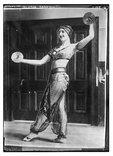 Gypsy Costume Ideas Pictures (Photo: Gloria Braggiotti,in gypsy? costume,cymbals,Bain News Service,woman,barefoot)