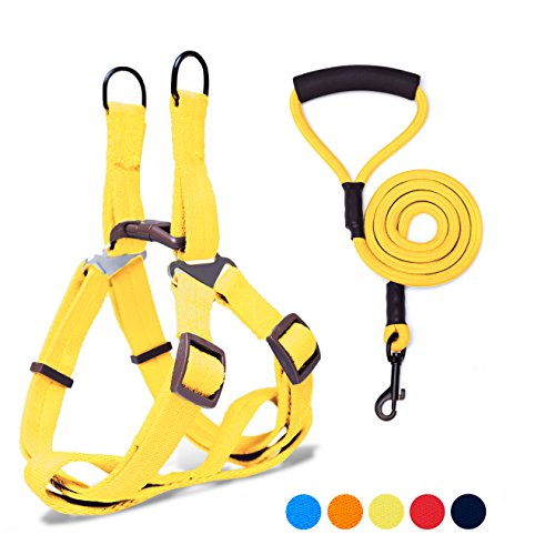 Adjustable Dog Harness Anti-Twist Dog Leash Set for Small Medium Large Dogs, Soft and Durable Vest Harness Leash for Daily Training Walking Running and Easy Control (Dog Harness Yellow)