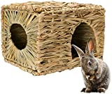 Mkono Natural Seagrass Mat Hideaway Hut Toy, Hand Woven Folding Beds Sleeping Chew Toys for Guinea Pig Hamsters Chinchilla Ferret Bunny Small Animals