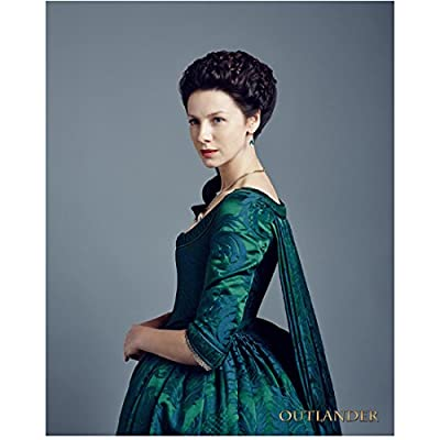 Caitriona Balfe 8 Inch x10 Inch Photograph Now You See Me Outlander Escape Plan Wearing Green Dress w/Blue Background kn