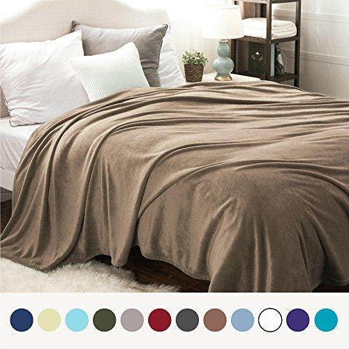 Bedsure Flannel Fleece Luxury Blanket Camel Queen Size Light