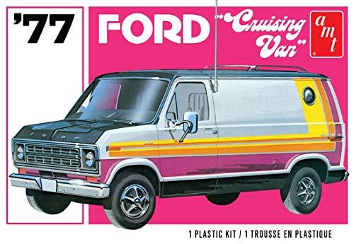 AMT 1108 1977 Ford Cruising Van Unassembled Model Kit