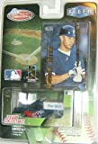New York Yankees 1999 White Rose MLB Diecast 1:64 Scale Ford F-150 Truck with Derek Jeter Fleer Card Baseball Collectible